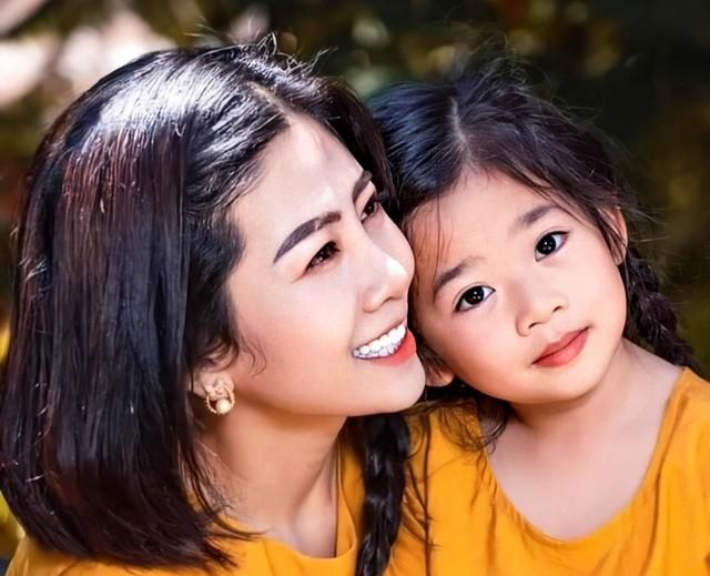 Ốc Thanh Vân cắt tóc giống Mai Phương để tưởng nhớ người em bạc mệnh - 2