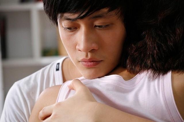 Lương Mạnh Hải chia sẻ loạt ảnh khóa môi nóng bỏng với Tăng Thanh Hà - 3