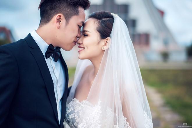 hoa hau khong can dai gia chong lung van song hanh phuc, vien man hinh anh 6