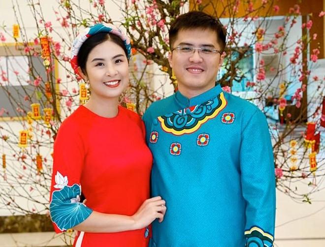 hoa hau khong can dai gia chong lung van song hanh phuc, vien man hinh anh 4
