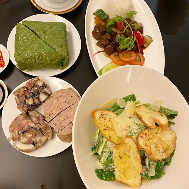 Ở nhà chống dịch, Chi Bảo thường xuyên vào bếp nấu ăn cho vợ - 7