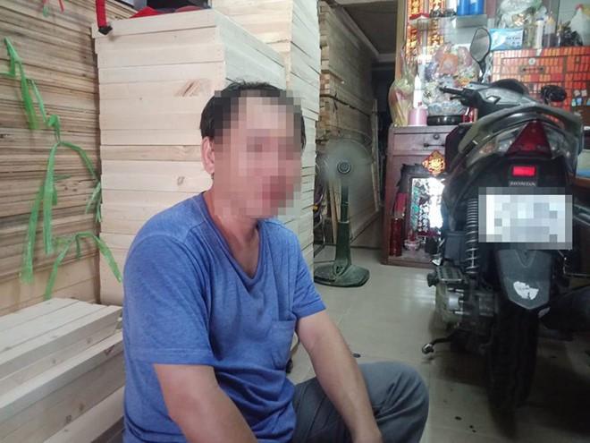 Anh T.C.H. người quay đoạn clip /// Lê Hồng Hạnh