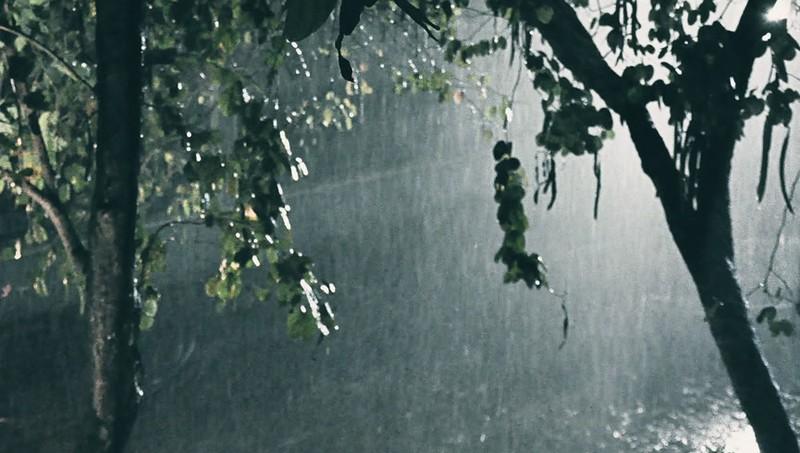 Khí lạnh tăng cường mạnh, Hà Nội và nhiều tỉnh đề phòng mưa to, lốc sét