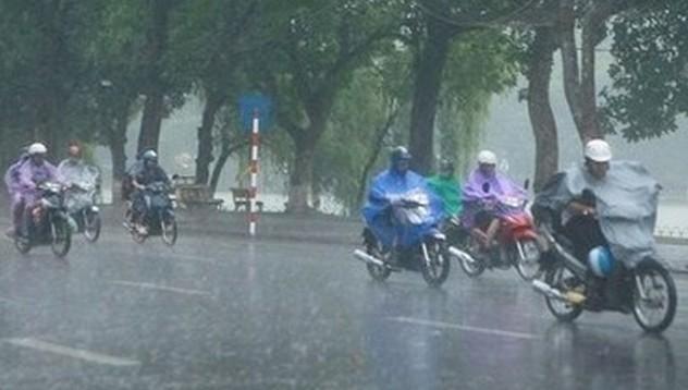 Hà Nội tiếp tục mưa giông lớn, nhiều tỉnh đề phòng lũ quét