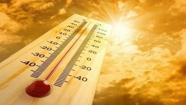 Cuối tuần miền Bắc bắt đầu đợt nắng nóng gay gắt kéo dài