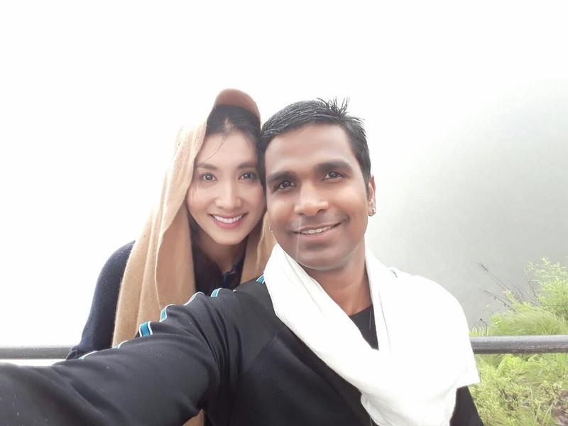 Cuộc sống 3 sao Việt lấy chồng Ấn Độ - 14