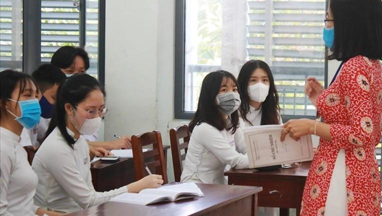 Bộ GD&ĐT chấn chỉnh các khoản thu đầu năm học mới