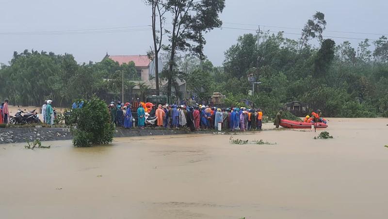 Hiện trường vụ sản phụ bị lũ cuốn tử vong ở huyện Phong Điền, Thừa Thiên - Huế.