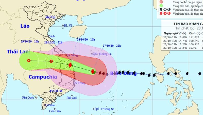 Tin mới nhất về bão số 9: Cách Phú Yên khoảng 280km, ngày 28/10 đổ bộ đất liền với gió giật cấp 15