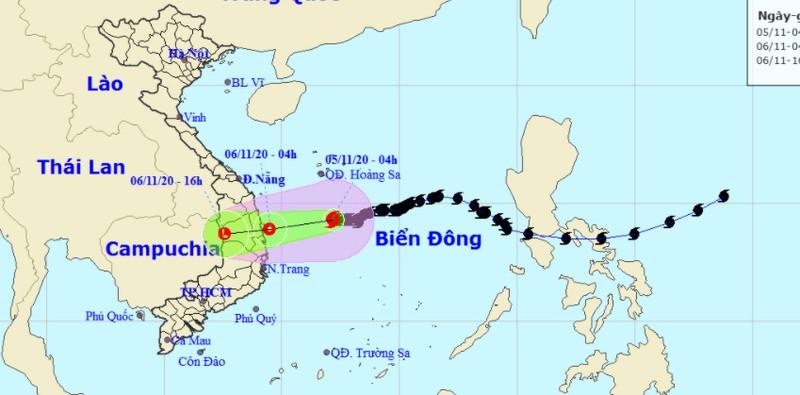 Bão suy yếu thành áp thấp nhiệt đới trước khi vào bờ, 'dội mưa' xuống miền Trung
