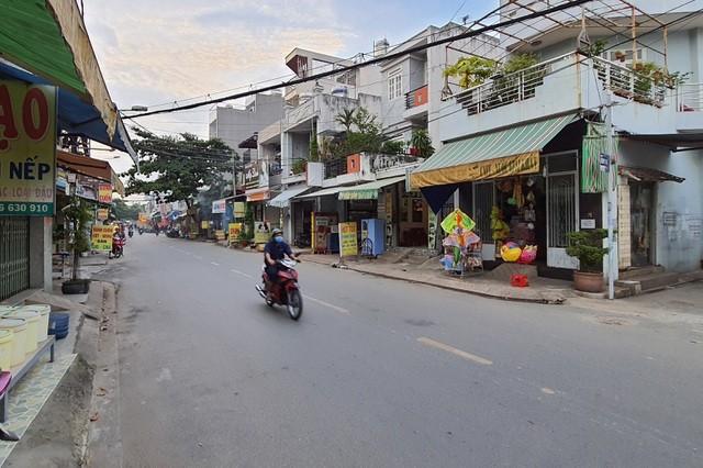 Tên cướp kéo lê cô gái hơn 500m trên đường phố Sài Gòn - 3