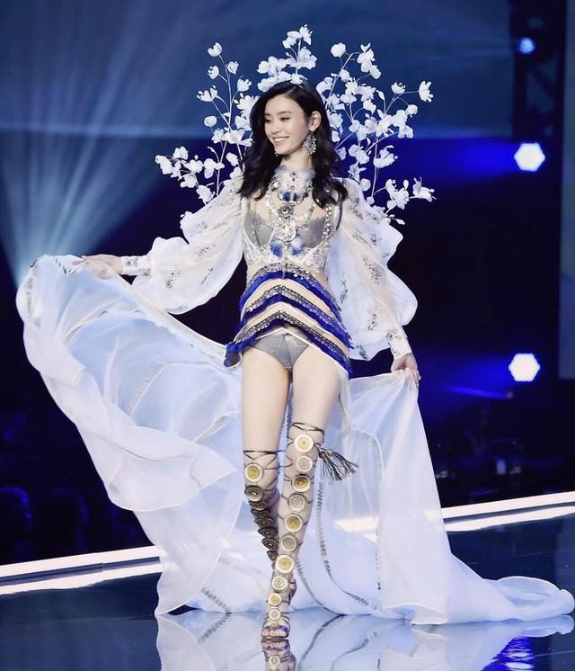 Vợ chồng siêu mẫu áo tắm Hề Mộng Dao chiến tranh lạnh - 4