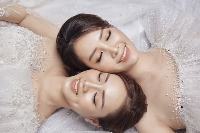 Á hậu Thuỵ Vân hứa chọn váy cưới cho bạn gái NSND Công Lý ngày lên xe hoa - 3