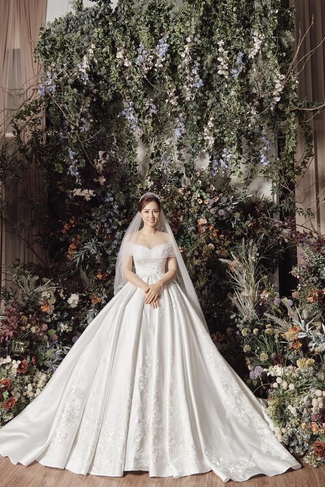 Á hậu Thuỵ Vân hứa chọn váy cưới cho bạn gái NSND Công Lý ngày lên xe hoa - 8