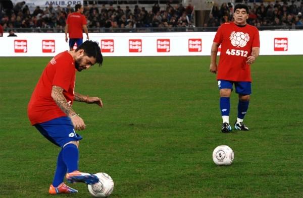 Maradona và cuộc sống riêng nhiều màu sắc - 12