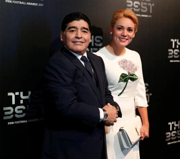 Maradona và cuộc sống riêng nhiều màu sắc - 16
