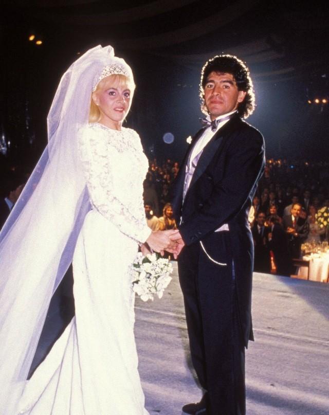 Chân dung người phụ nữ hơn hai thập kỷ gắn bó cùng Maradona - 2