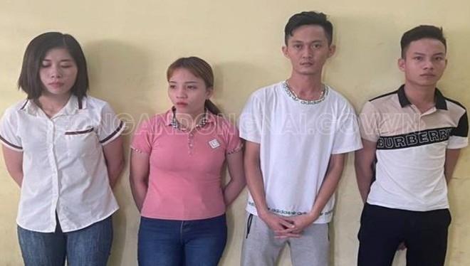 Các đối tượng Bùi Thị Thủy Triều, Bùi Thị Trang, Phan Vũ Hải, Duy Anh Tuấn (từ trái qua). Ảnh: Công an tỉnh Đồng Nai.