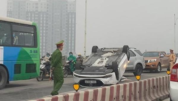 Hiện trường vụ tai nạn. Ảnh: VietNam+