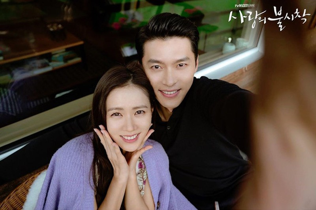Son Ye Jin - Hyun Bin: Từ bạn diễn ăn ý 'Hạ cánh nơi anh' đến tình nhân