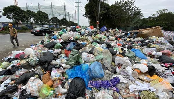 Công ty Minh Quân thiếu năng lực giữ vệ sinh môi trường vẫn trúng thầu hơn 1.150 tỷ đồng?