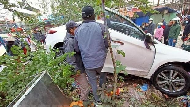 ''Xe điên'' lao vào chợ ở Hải Phòng khiến nhiều người bị thương