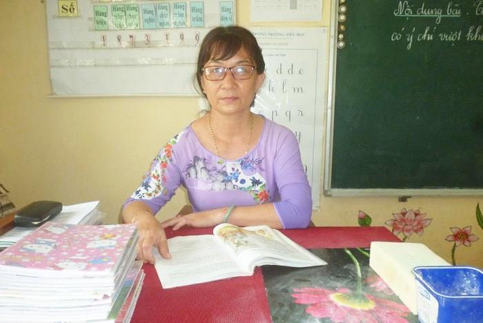 Cô giáo lớp 4 'trường làng' nhận danh hiệu Nhà giáo Nhân dân