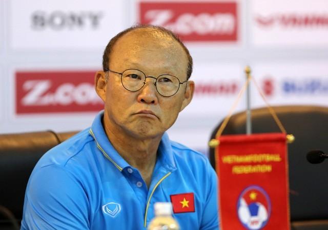 HLV Park Hang-seo ghi điểm 10 với người hâm mộ bóng đá Việt Nam - Ảnh 1.