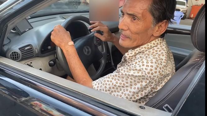 Ai là người tặng ô tô cho nghệ sĩ Thương Tín?