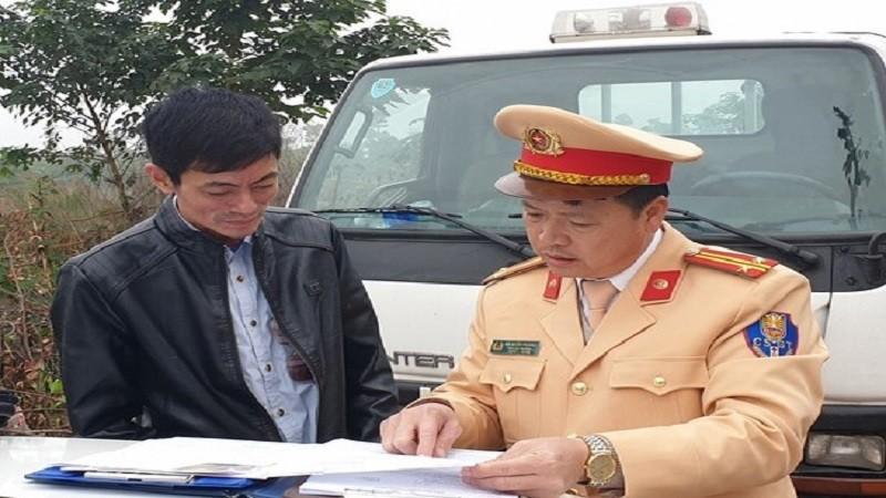 Hà Nội: Tài xế xe buýt bị phạt 17 triệu đồng, tạm giữ xe, tước giấy phép lái xe do vi phạm nồng độ cồn