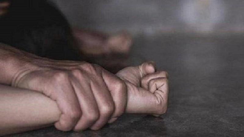 Bắt giam nam thanh niên dụ dỗ, xâm hại 2 bé gái