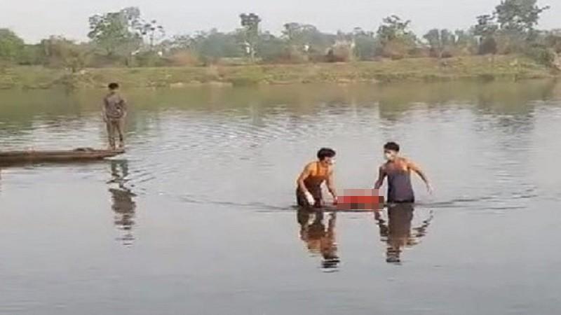 Phát hiện thi thể một người đàn ông trên sông Bồ