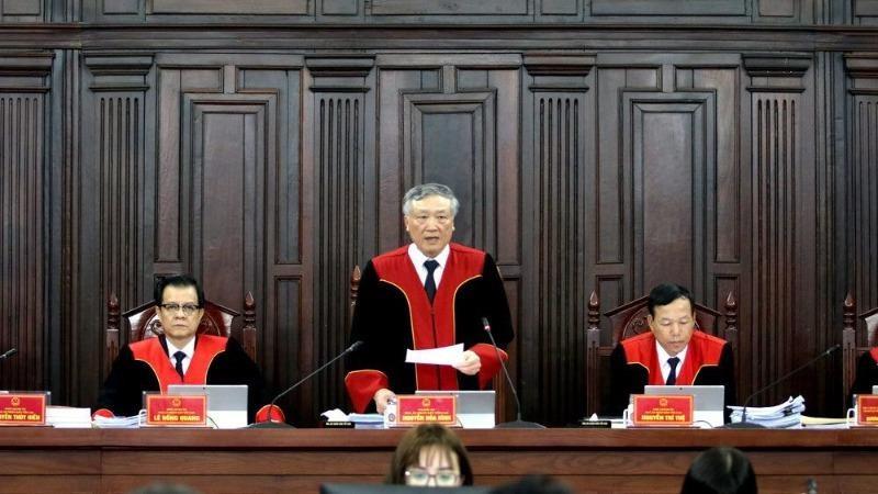 Chánh án TAND tối cao Nguyễn Hòa Bình, chủ tọa phiên giám đốc thẩm