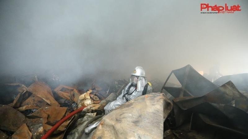 Khởi tố vụ cháy làm 3 người chết tại khu công nghiệp Phú Thị