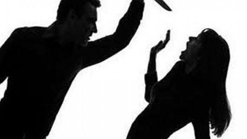 Nghi án chồng đâm vợ trọng thương rồi uống thuốc diệt cỏ tự sát