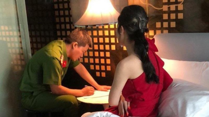 Triệt phá đường dây bán dâm giá hàng chục nghìn USD ở TP. Hồ Chí Minh