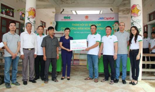MIC & MB Capital ủng hộ đồng bào Miền Trung 600 triệu đồng
