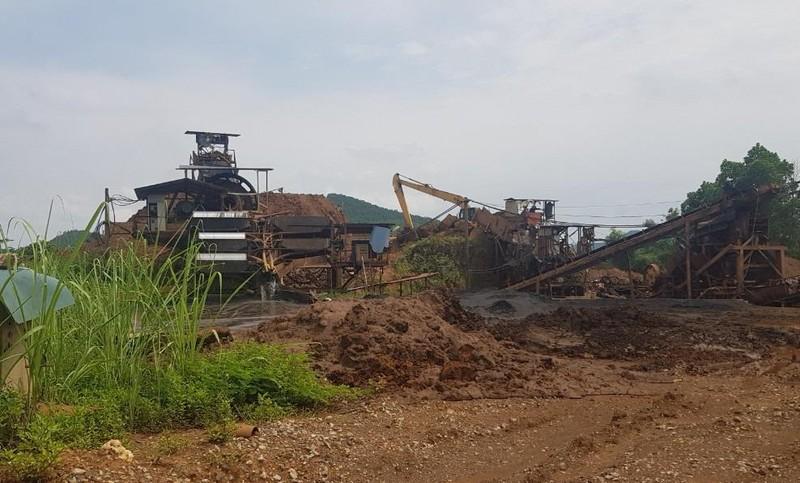 Mỏ sắt Cây Thị có nhiều vi phạm nhưng vẫn ngang nhiên hoạt động
