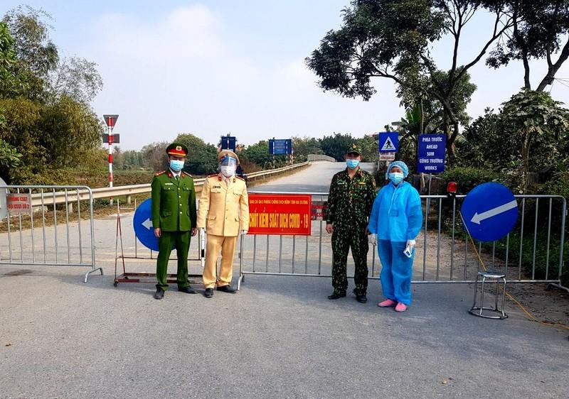 Những cán bộ, chiến sỹ tham gia phòng chống dịch