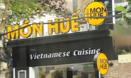 """Nhà hàng Món Huế tính """"khống"""" tiền của khách?"""