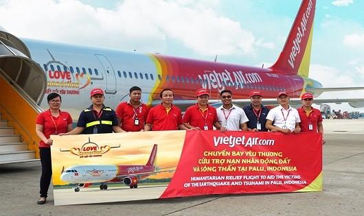 VietJet Air chở 7 tấn hàng cứu trợ tới Indonesia