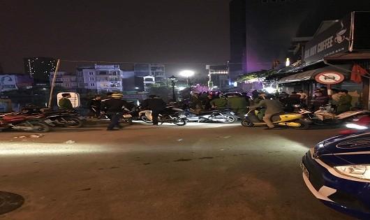 Hải Phòng: Nghi vấn giải quyết mâu thuẫn bằng súng, 2 người bị thương nặng