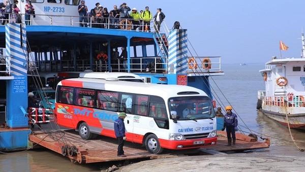 Hàng loạt nhân viên Phà Gót bị tạm giữ vì hành vi Tham ô tài sản
