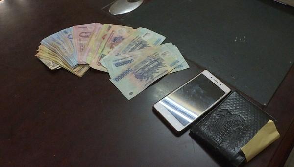 Bắt giữ 6 đối tượng tàng trữ ma túy trong phòng trọ