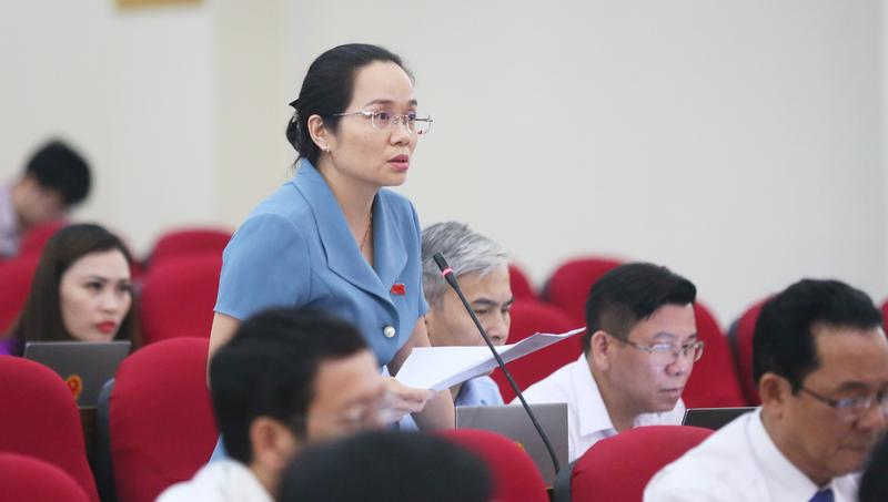 Đại biểu Nguyễn Thị Vân Hà chất vấn Giám đốc công an tỉnh  Quảng Ninh.