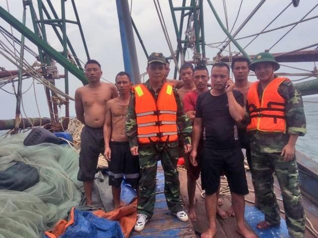 7 ngư dân được lực lượng chức năng cứu sống