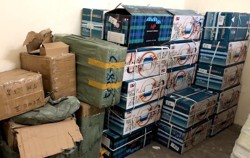 Quảng Ninh: Liên tiếp bắt giữ số lượng lớn hàng hóa không rõ nguồn gốc