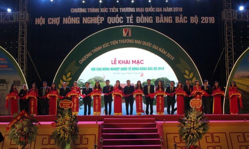 Gần 300 doanh nghiệp tham dự Hội chợ nông nghiệp Quốc tế ĐBBB 2019 tại Thái Bình