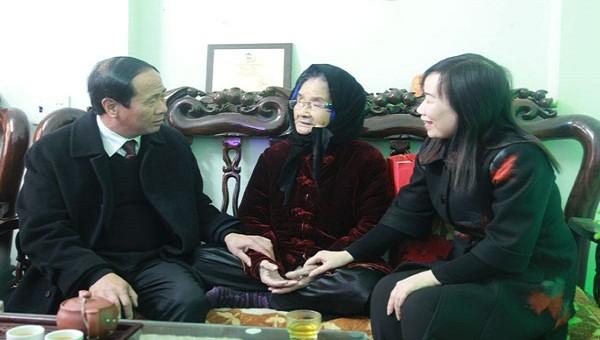 Hải Phòng:  Chi gần 250 tỷ đồng tặng quà các gia đình chính sách Tết nguyên đán Canh Tý
