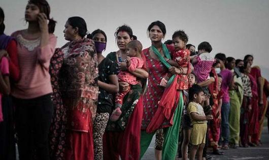 """Những người phụ nữ Nepal trở thành mục tiêu của những kẻ mua bán """"da người""""."""